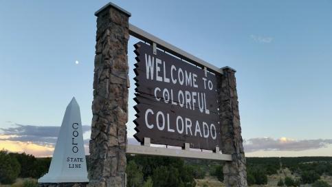 lovelivingincolorado Colorado/Utah border via I-70